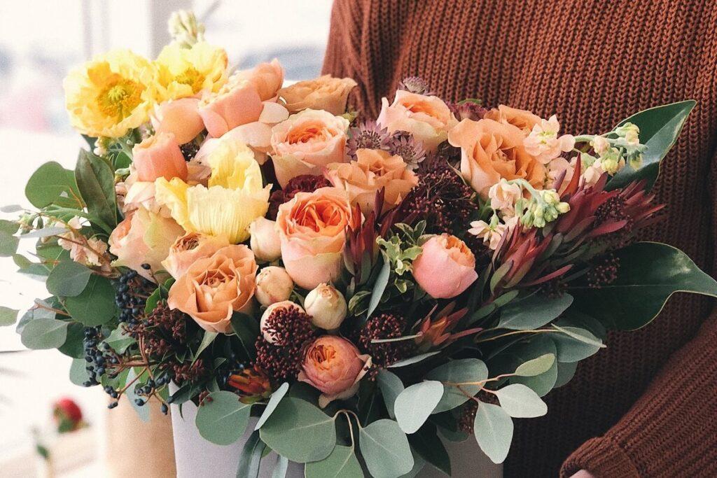 韓国語で「花」は꽃